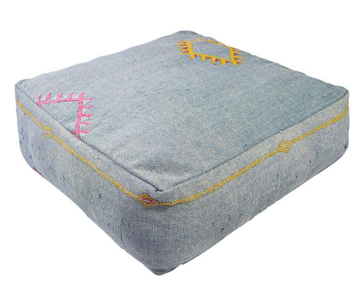 Capa de Almofada Futton Catus Silk Iv Cinza - 60X60cm | Westwing.com.br