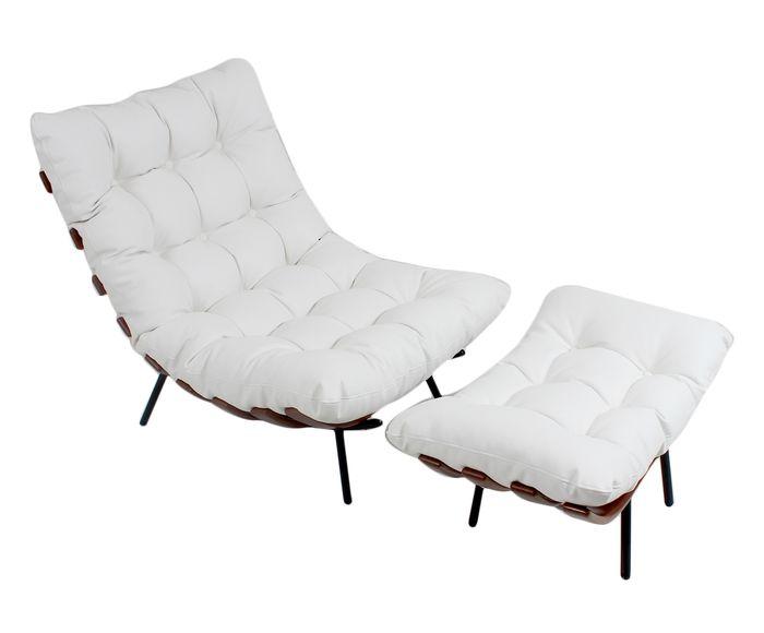 Poltrona Com Pufe em Couro Natural Costela - Branca Imbuia Com Base Preta | Westwing.com.br