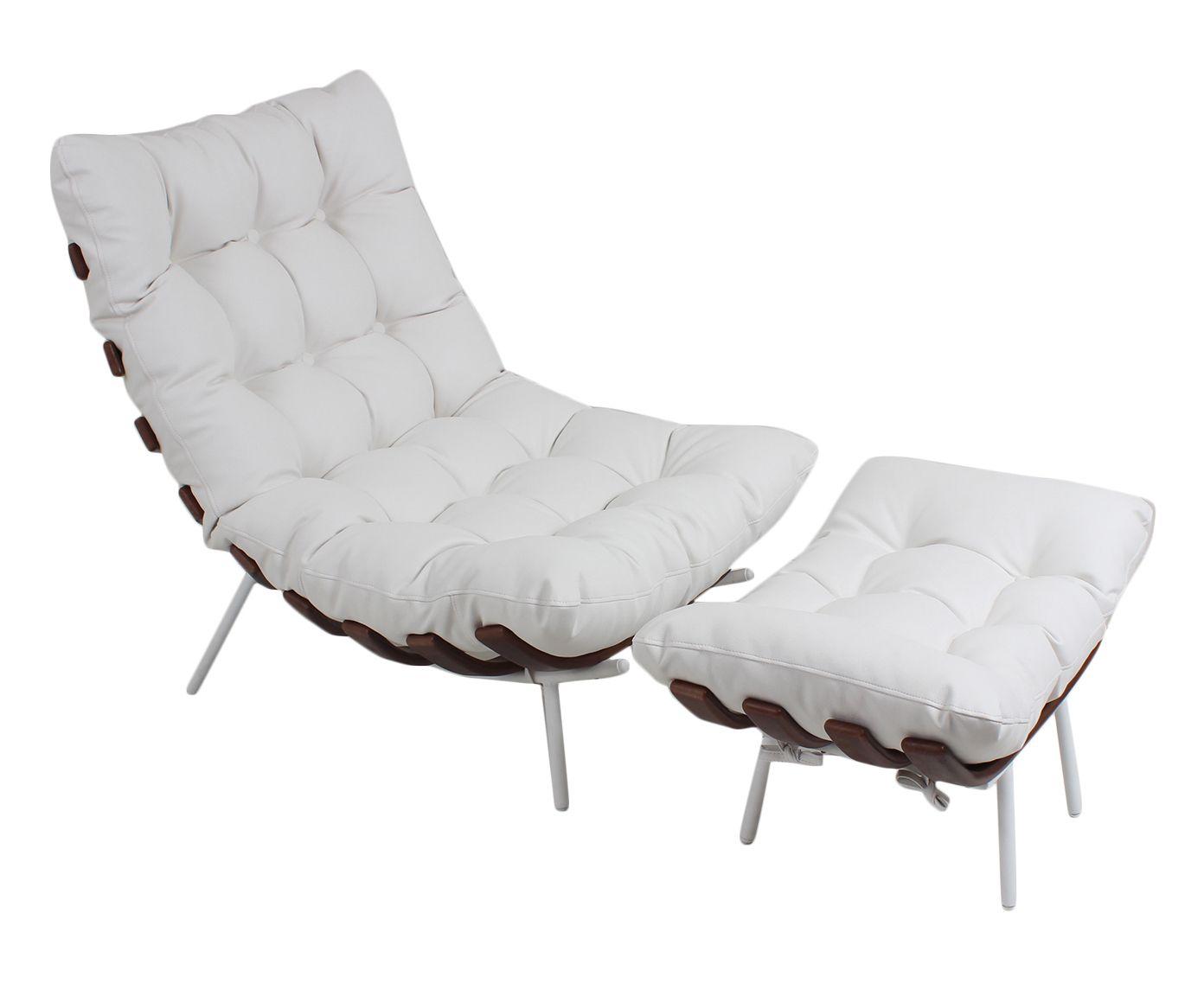 Poltrona Costela com Pufe em Couro Branca - Imbuia com Base Branca | Westwing.com.br