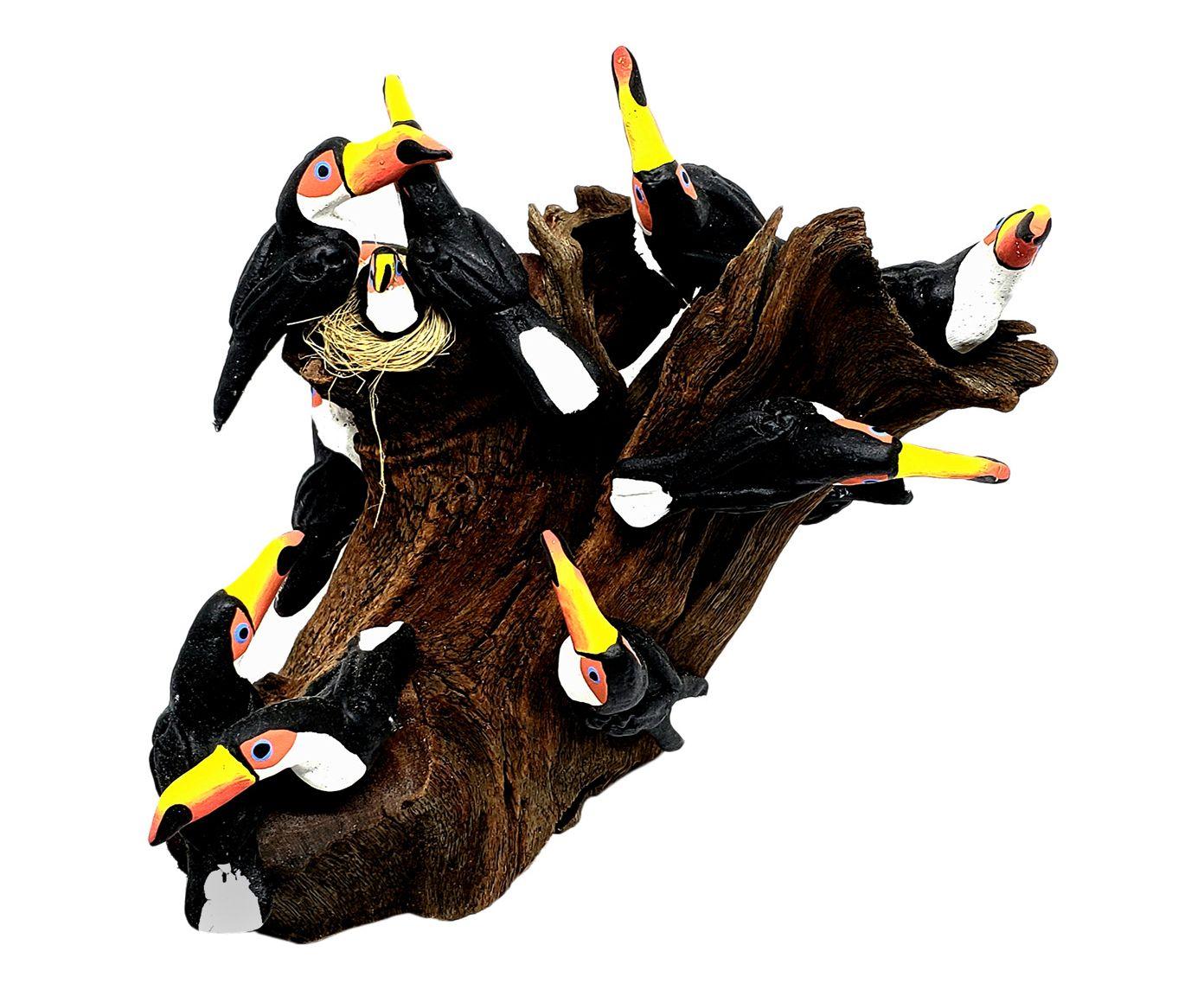 Escultura Pássaros No Tronco Doze Tucanos - 18X18X16cm | Westwing.com.br