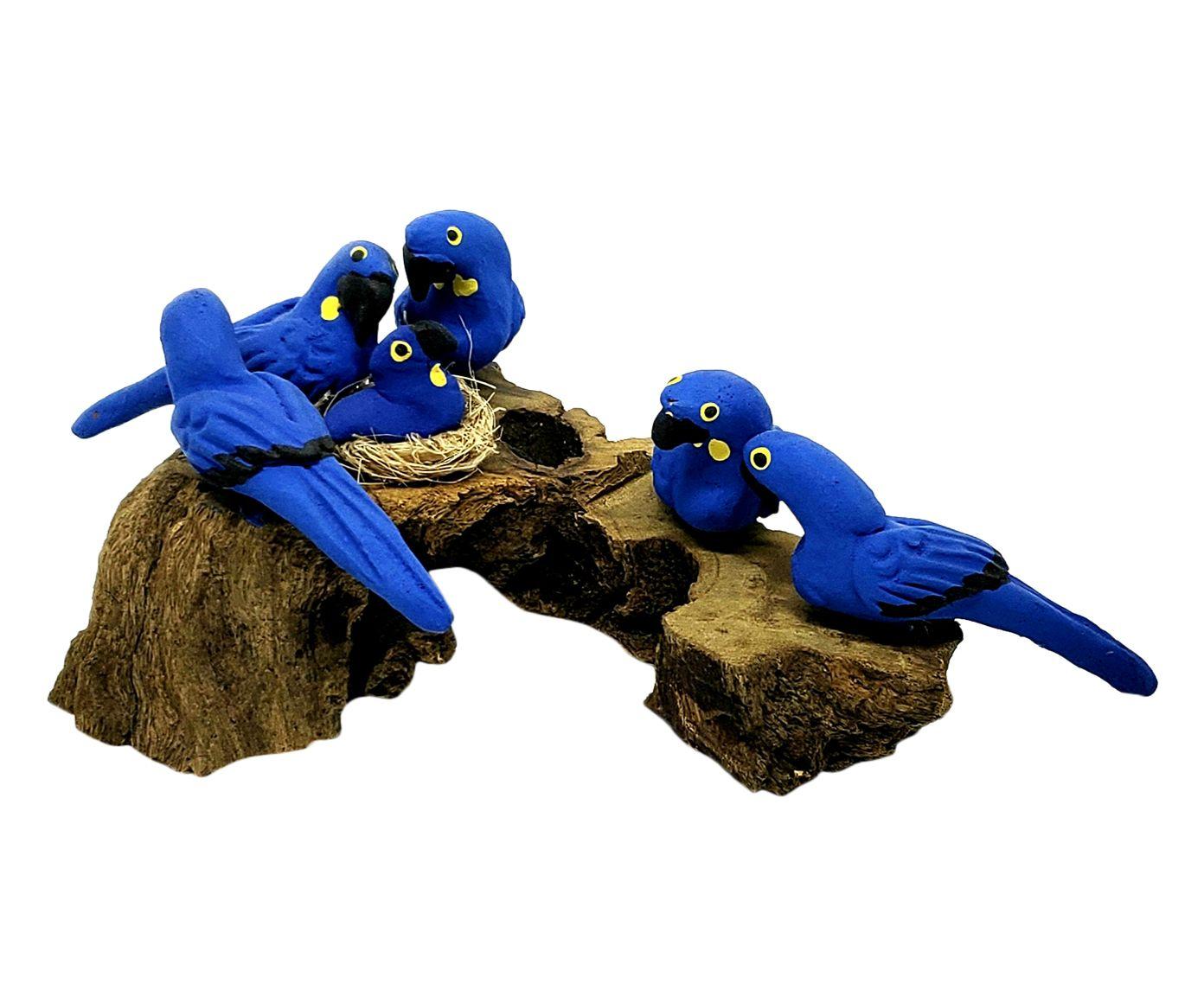 Escultura Pássaros No Tronco Cinco Araras Azuis - 15X14cm | Westwing.com.br
