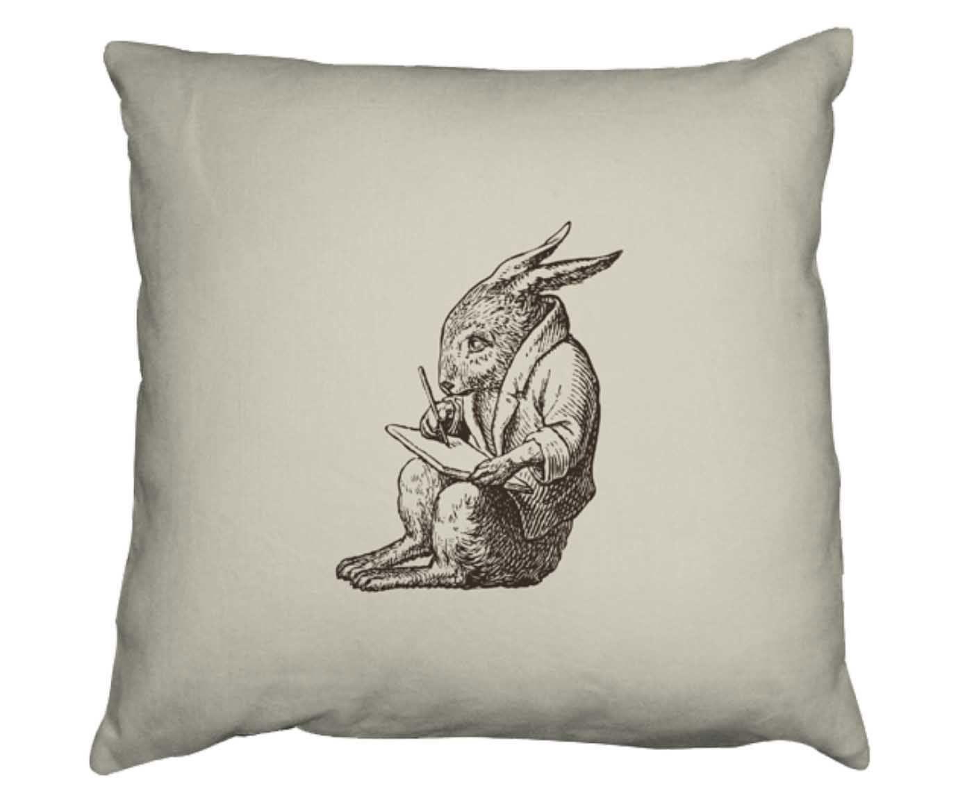 Capa para almofada coelho poeta   Westwing.com.br